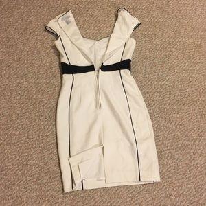 Dresses - White and black pencil dress